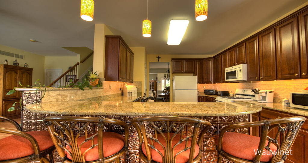 arESIZED Kitchen Counter.jpg