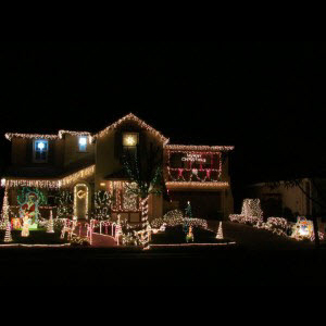 mountain house holiday lights contest