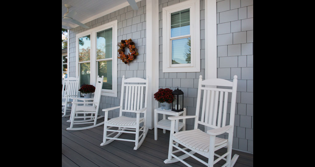 1.2 Front Porch - 306 laurel.jpg