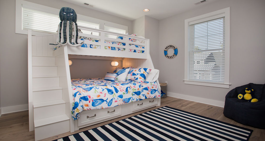 Bunk Beds - 306 Laurel.jpg