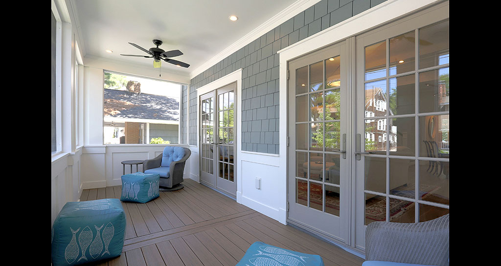 Cragg 10 Front porch.jpg