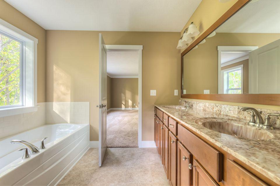 Bathroom Photot Allen Edwin Homes (19).jpg