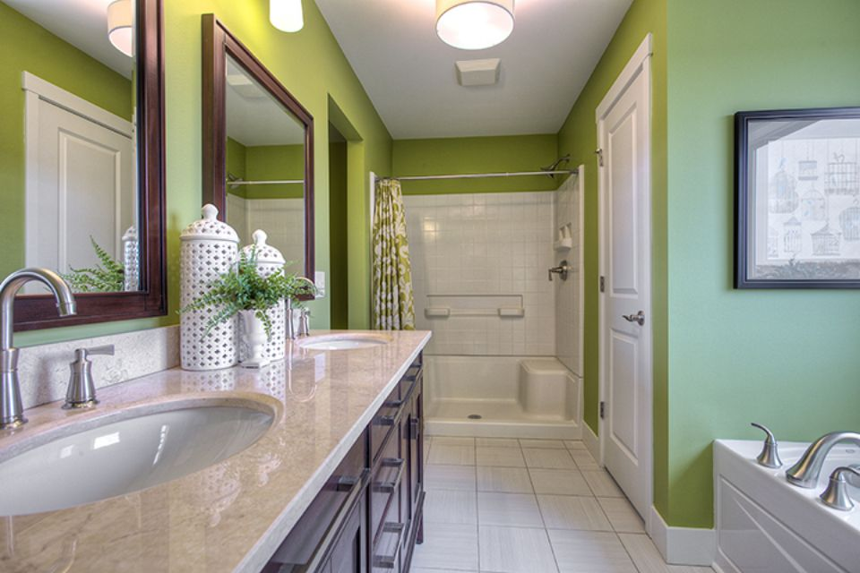 Bathroom Photot Allen Edwin Homes (23).jpg