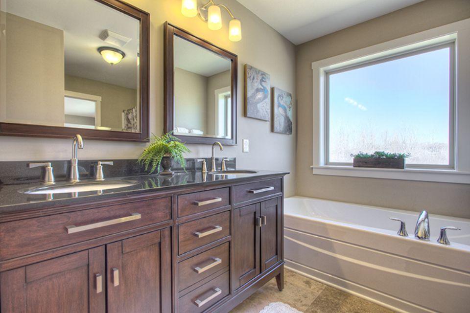 Bathroom Photot Allen Edwin Homes (24).jpg
