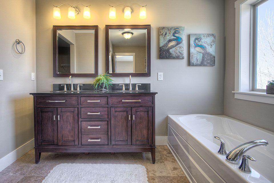 Bathroom Photot Allen Edwin Homes (3).jpg