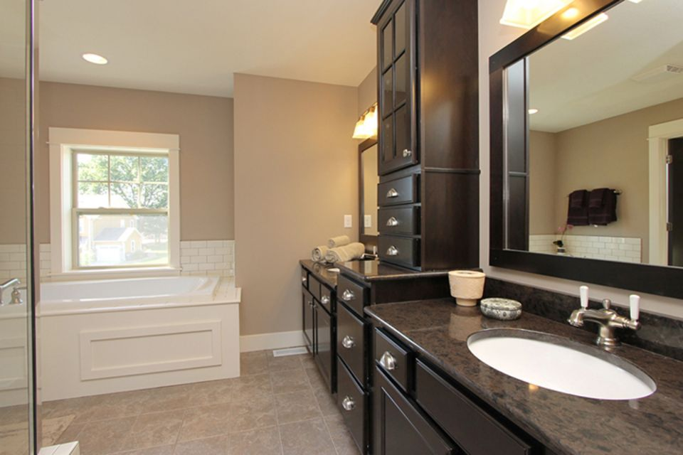 Bathroom Photot Allen Edwin Homes (9).jpg