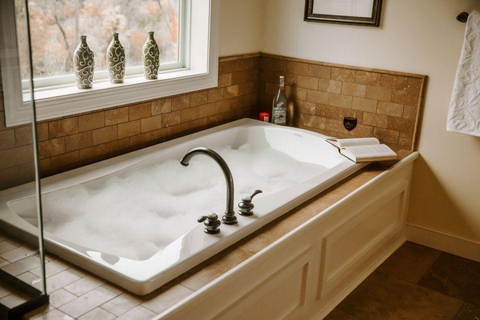 Bathroom Photot Allen Edwin Homes (12).jpg