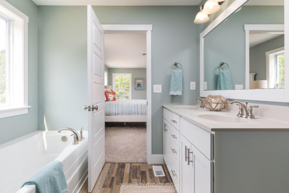 Bathroom Photot Allen Edwin Homes (16).jpg