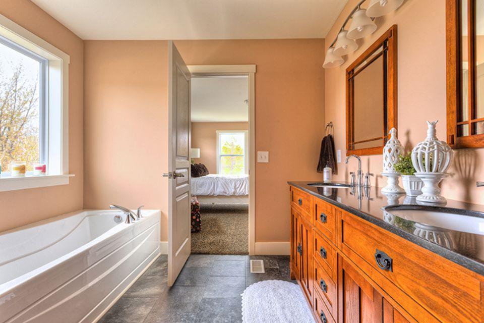 Bathroom Photot Allen Edwin Homes (17).jpg