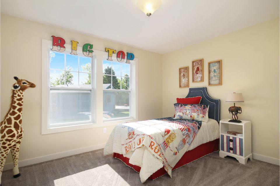Bedroom Photo Allen Edwin Homes (35).jpg