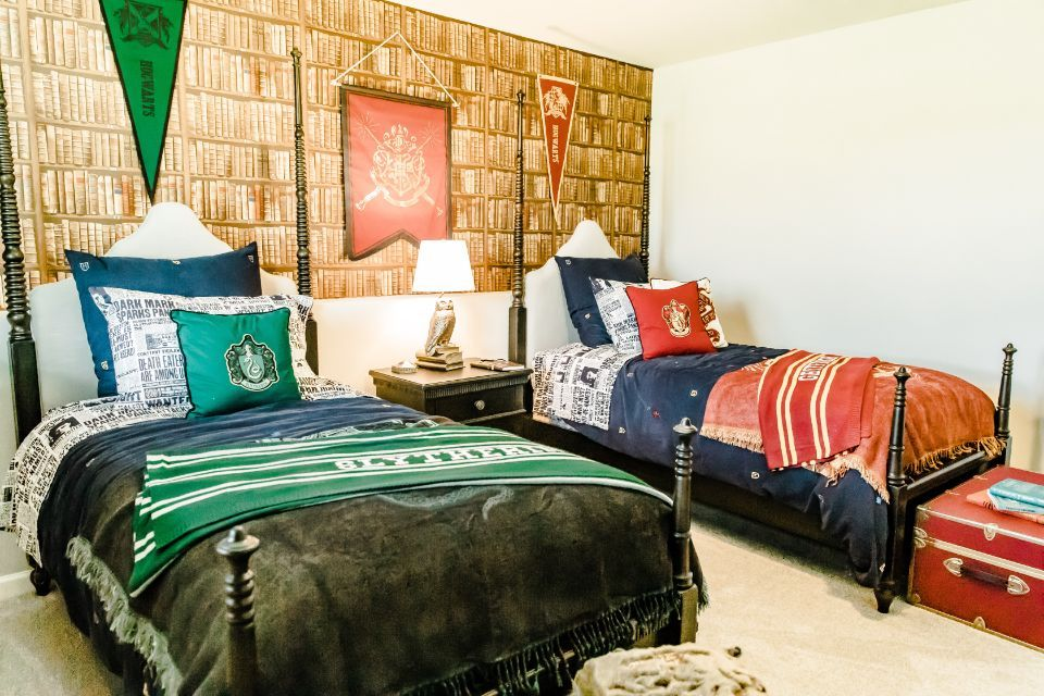 Bedroom Photo Allen Edwin Homes (1).jpg