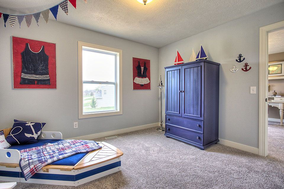Bedroom Photo Allen Edwin Homes (5).jpg