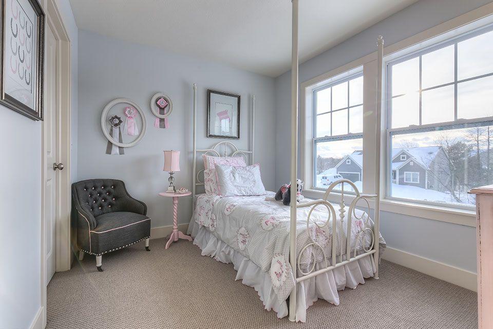 Bedroom Photo Allen Edwin Homes (12).jpg