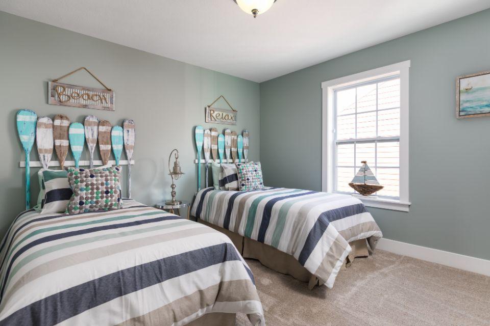 Bedroom Photo Allen Edwin Homes (14).jpg
