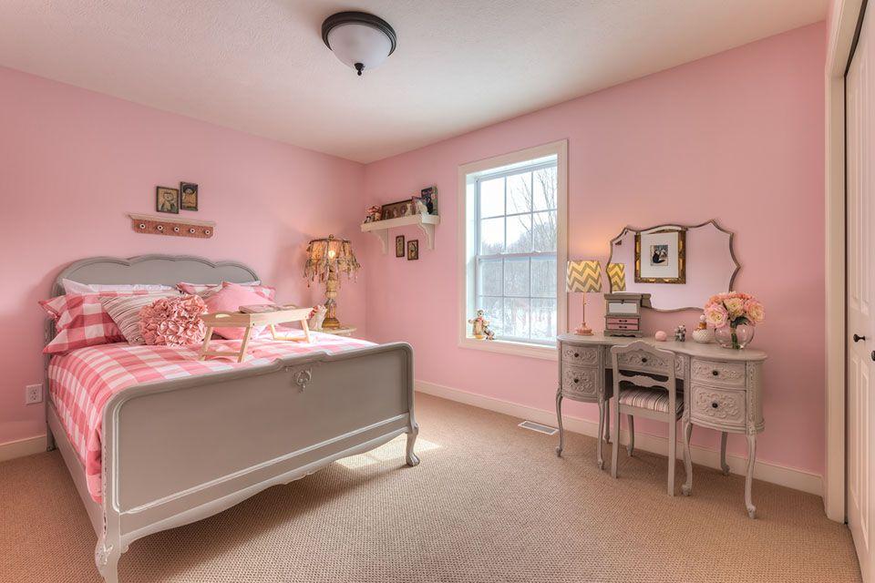 Bedroom Photo Allen Edwin Homes (21).jpg