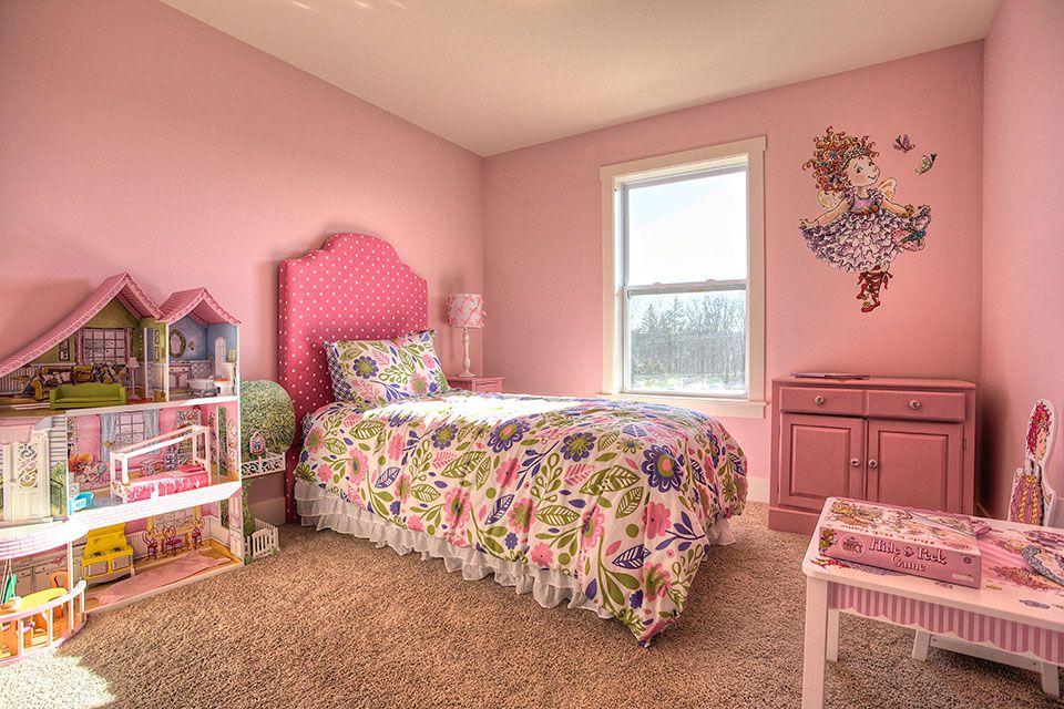 Bedroom Photo Allen Edwin Homes (30).jpg