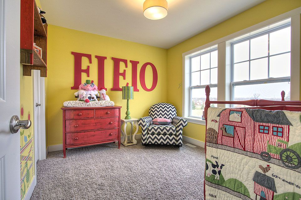 Bedroom Photo Allen Edwin Homes (32).jpg