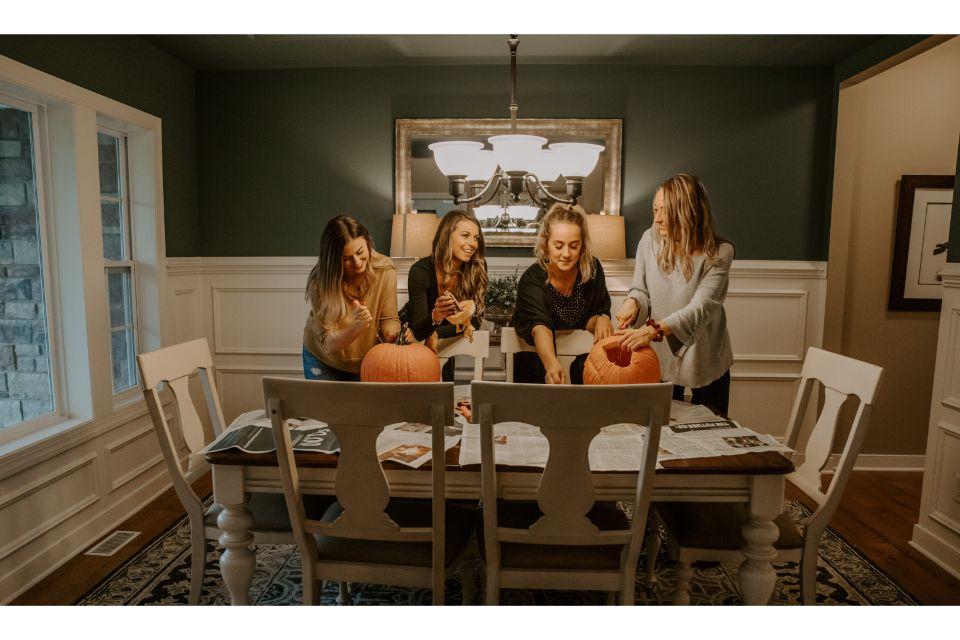 Dining Room Photo Allen Edwin Homes (3).jpg