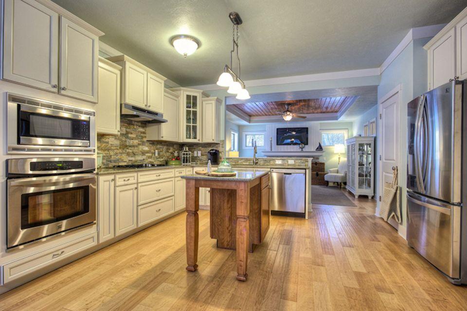 Kitchen Photo Allen Edwin Homes (4).jpg