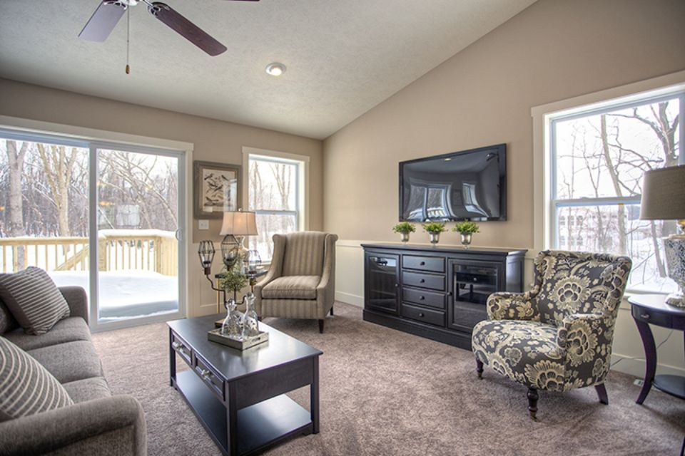 Living Room Photo Allen Edwin Homes (26).jpg