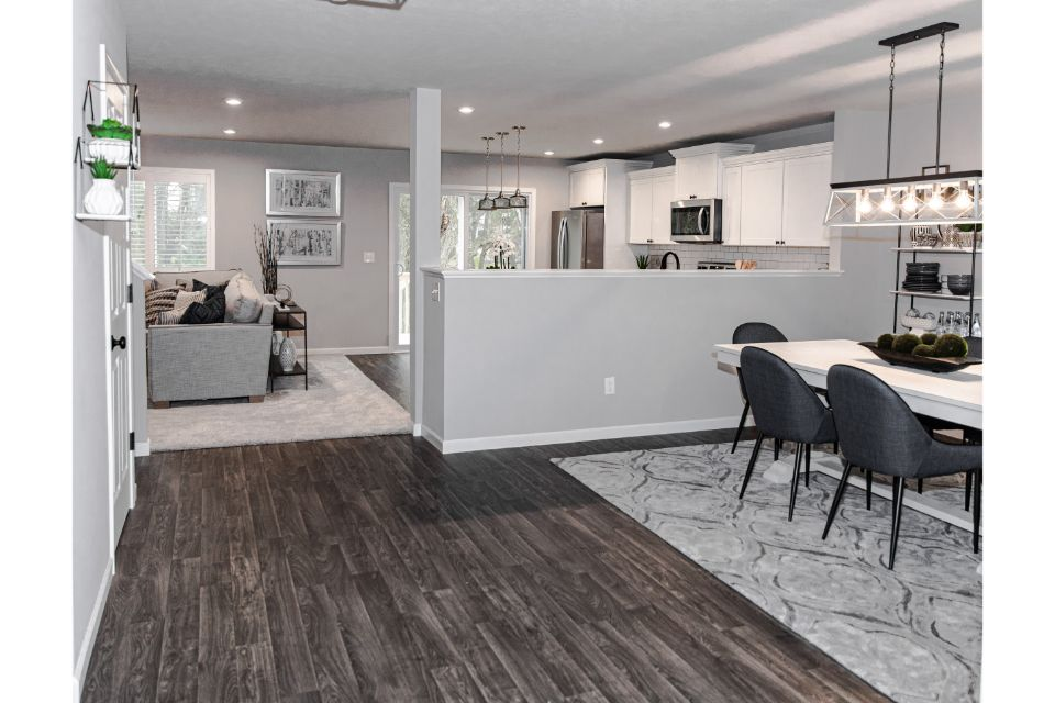 Creekside Shores Integrity 2280 Model Home (9).jpg