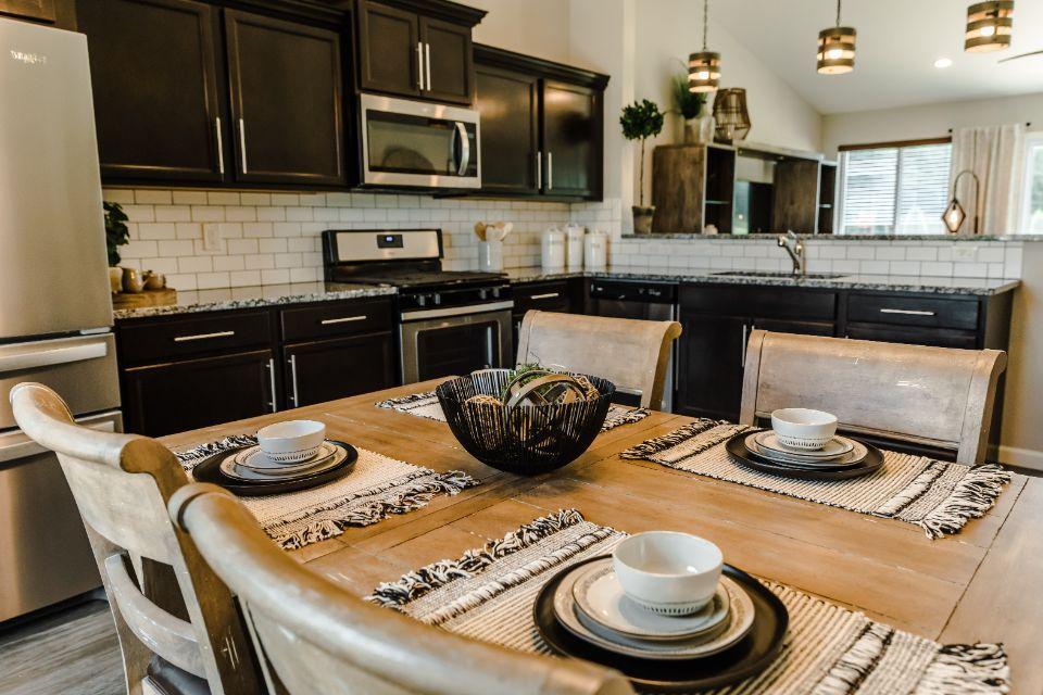 Marion Creek Integrity 2060 Model Home by Allen Edwin Homes (17).jpg