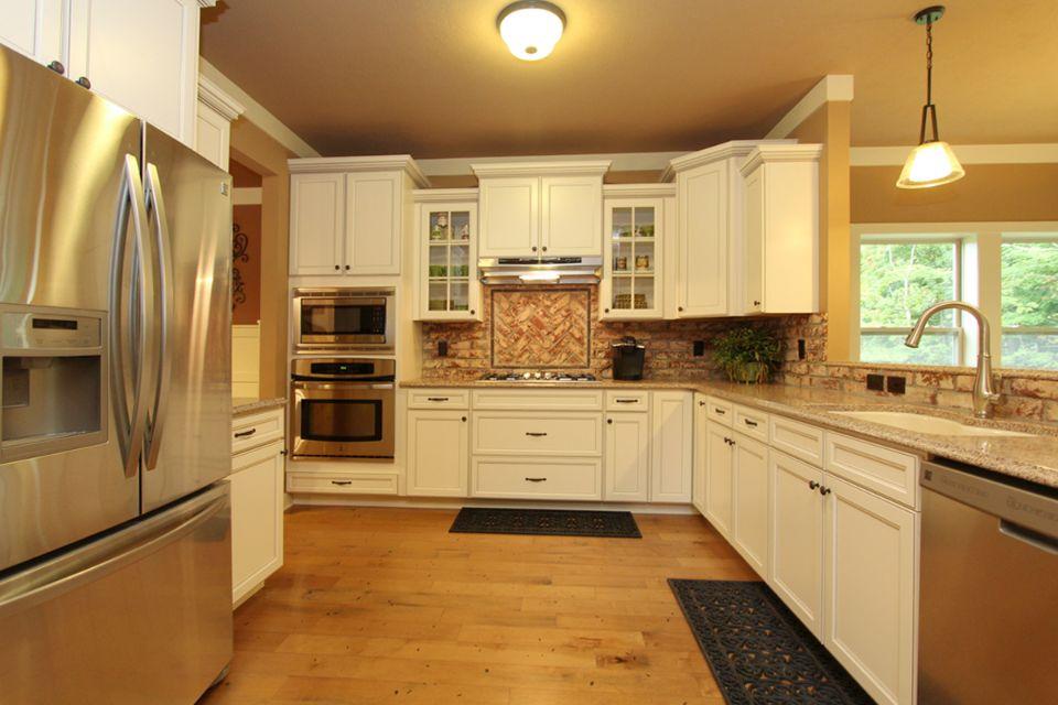 Traditions 2300 Floorplan by Allen Edwin Homes (5).jpg
